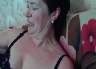 Passionate MILF knows how to please a beast